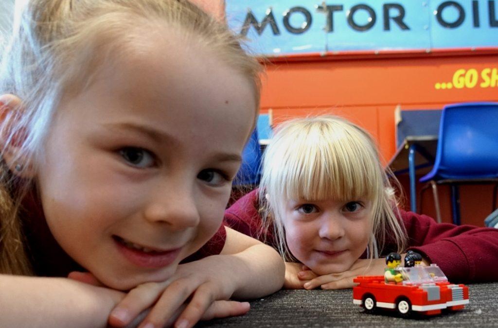 Lego© Works Car Factory